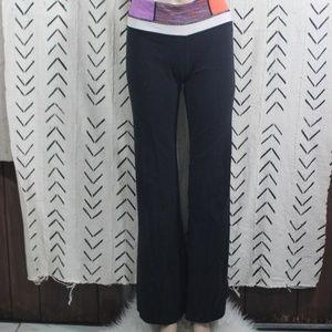 Lululemon Black Reversible Yoga Pants Size 6